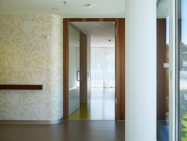 Eingang Patientenzimmer © Ruedi Walti, Basel