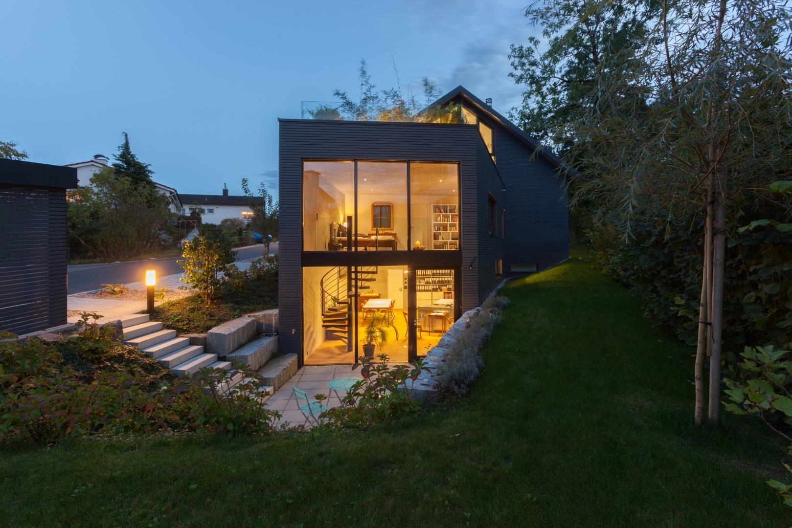 Ateliereingang © von Mann Architektur GmbH, Sonnenhofstrasse 2, 8132 Egg