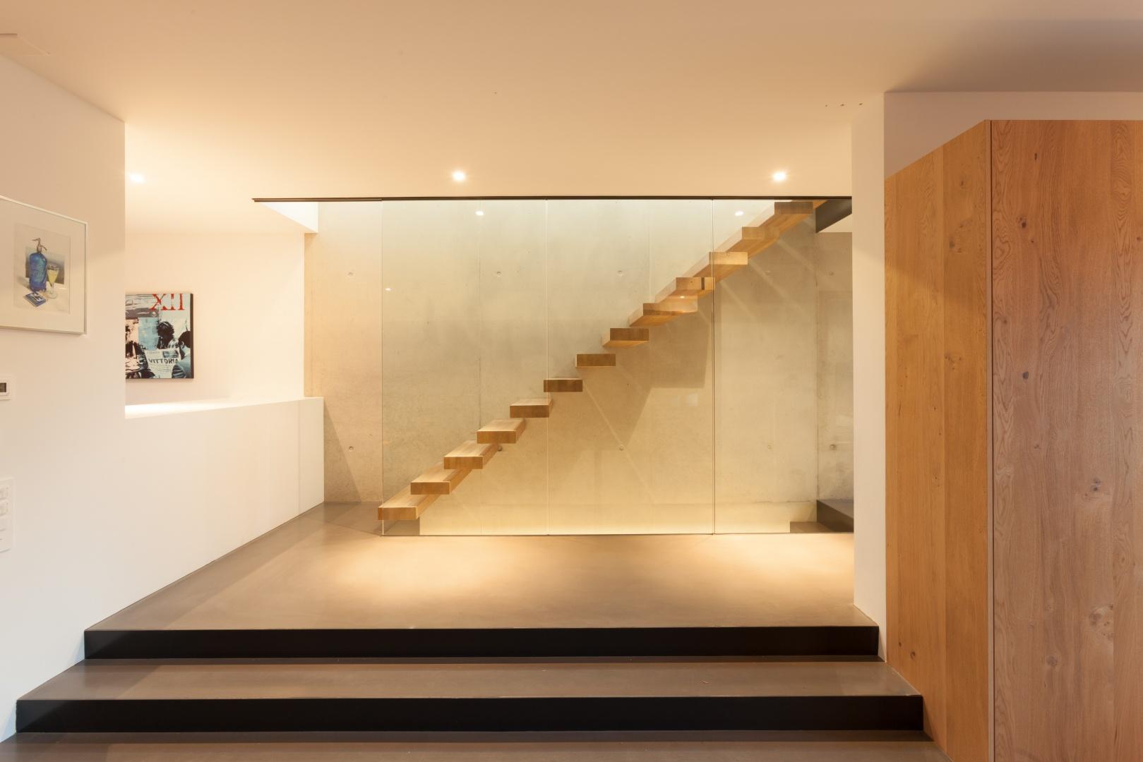 Treppe-EG-OG © von Mann Architektur GmbH, Sonnenhofstrasse 2, 8132 Egg