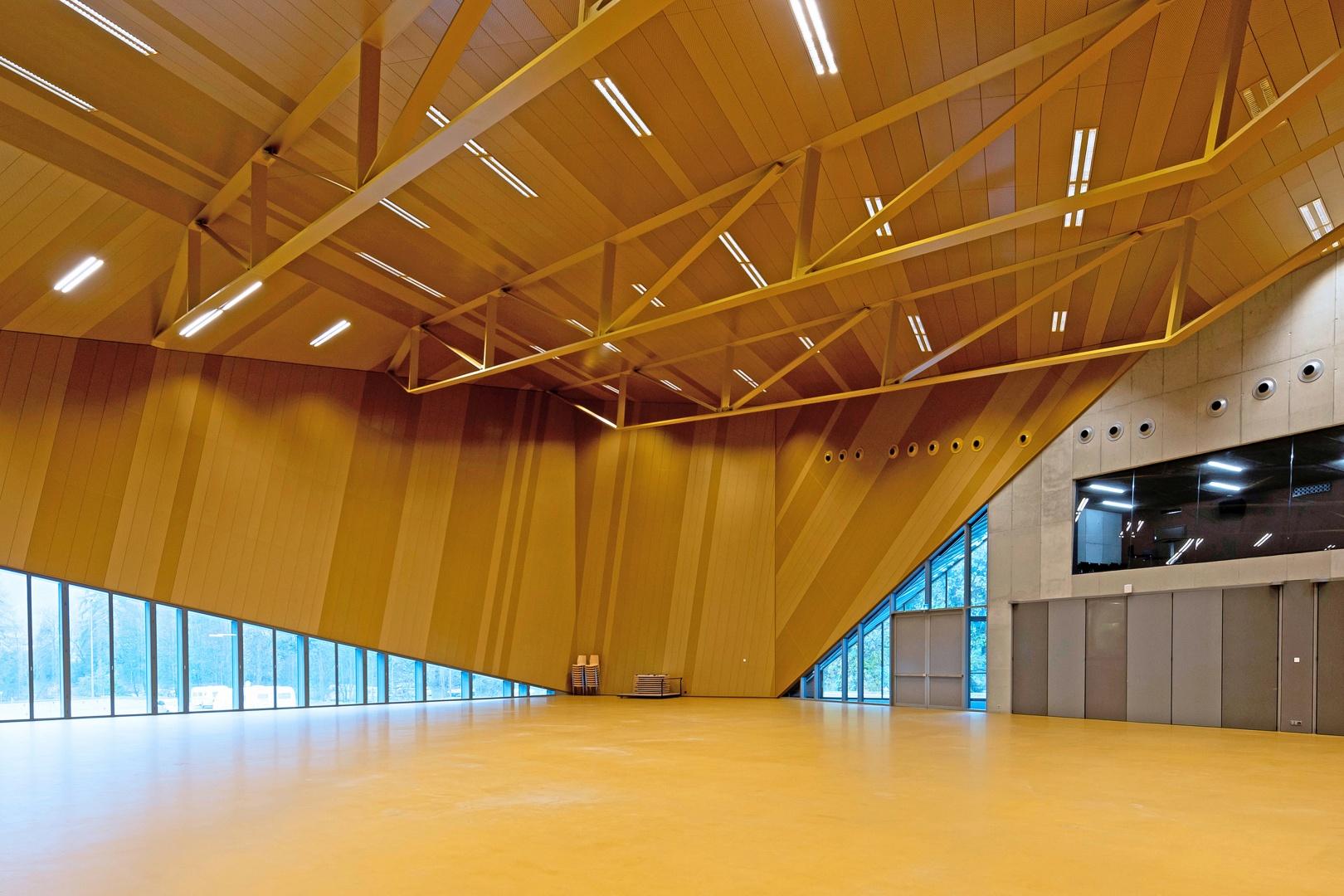 Vue Intérieur - 2 © Pierre Boss, Rue de l'industrie 1  1020 Renens VD (Libre de droits)