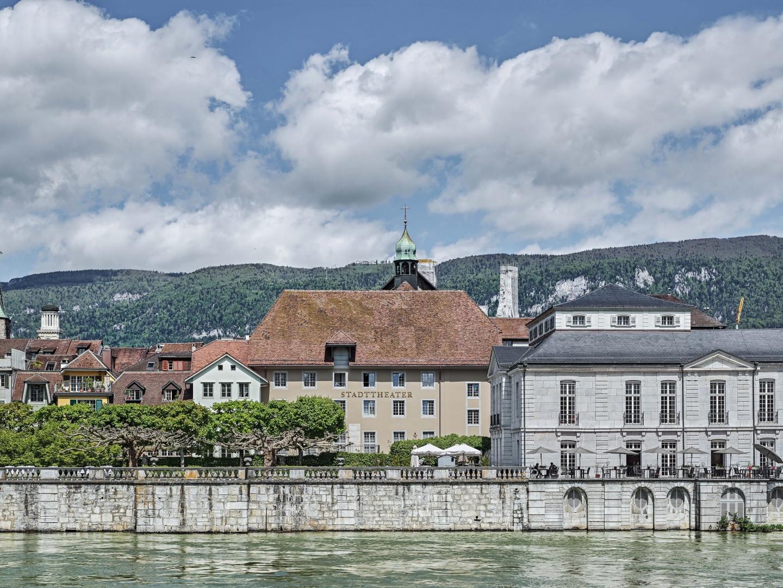 Stadttheater_Aussenansicht_mit_Altstadtsilhouette_Solothurn.jpg © Roger Frei Architekturfotografie, Sonnhaldenstrasse 14, 8032 Zürich