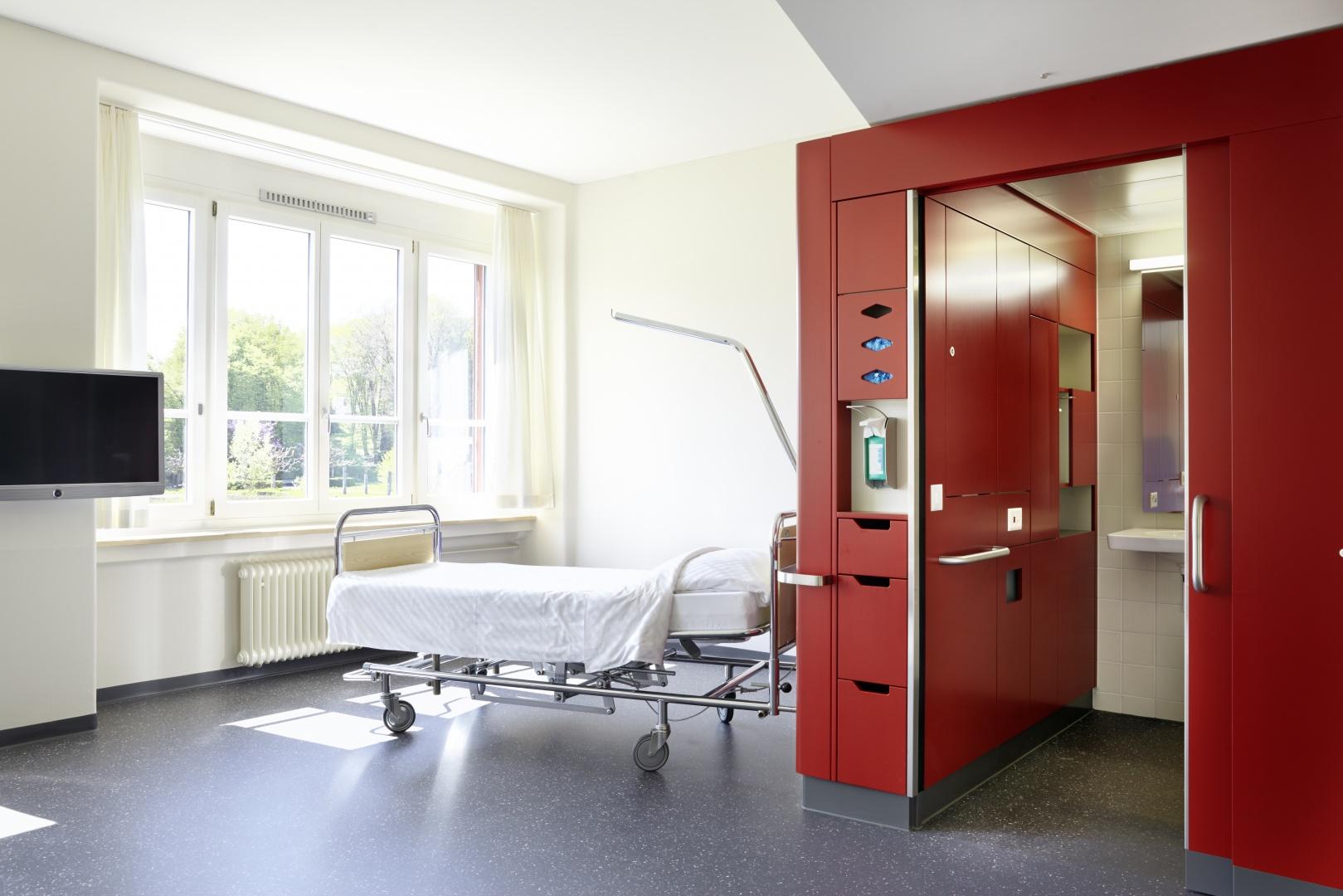 Patientenzimmer © Hannes Henz, Zürich
