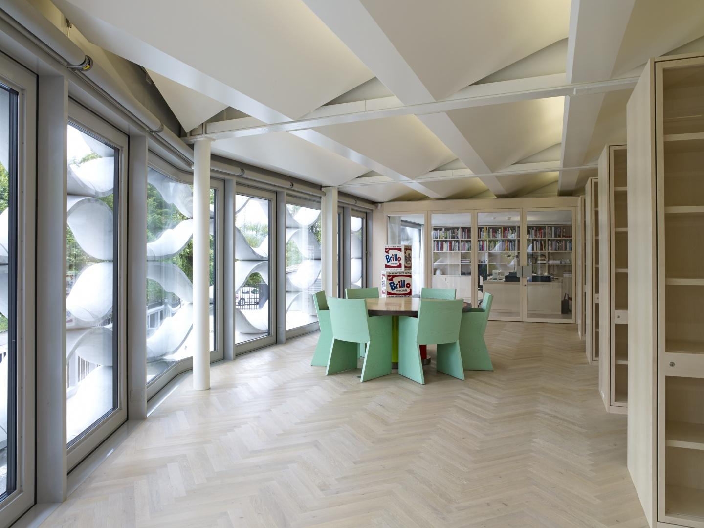 Bibliothek © Galerie Bruno Bischofberger