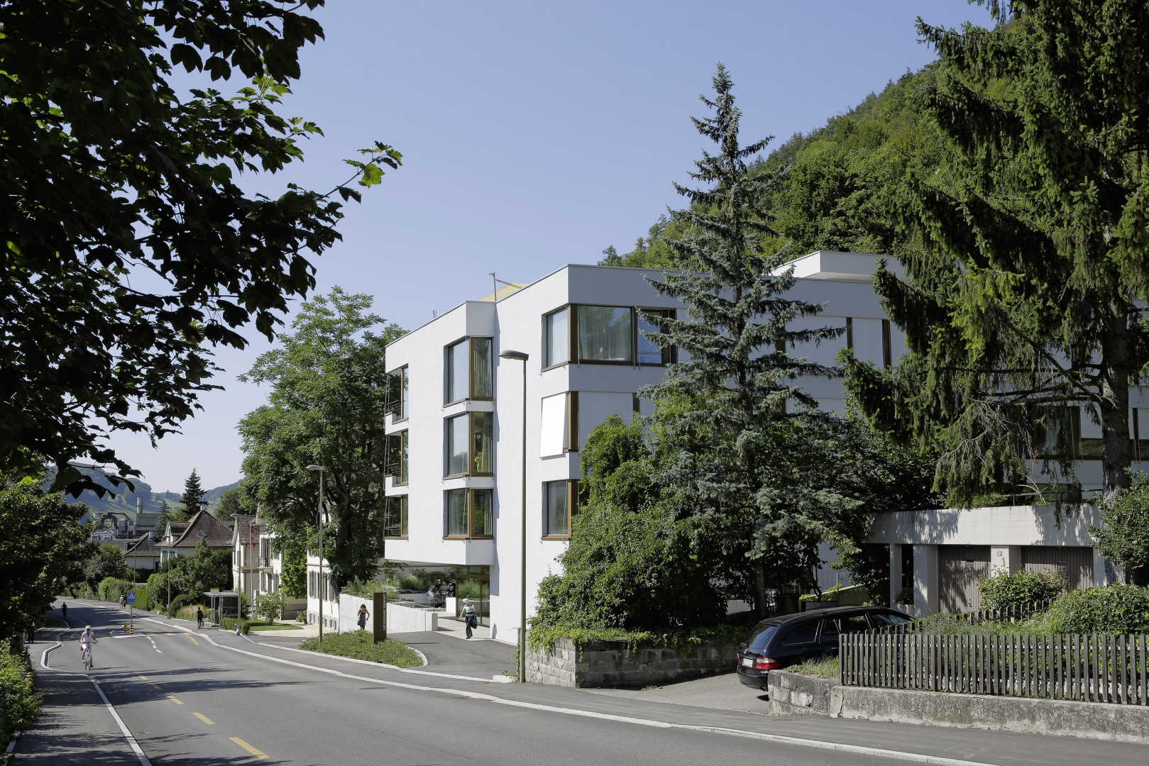 Brunnmatt_Strassenansicht-Ost © Tom Bisig, Basel