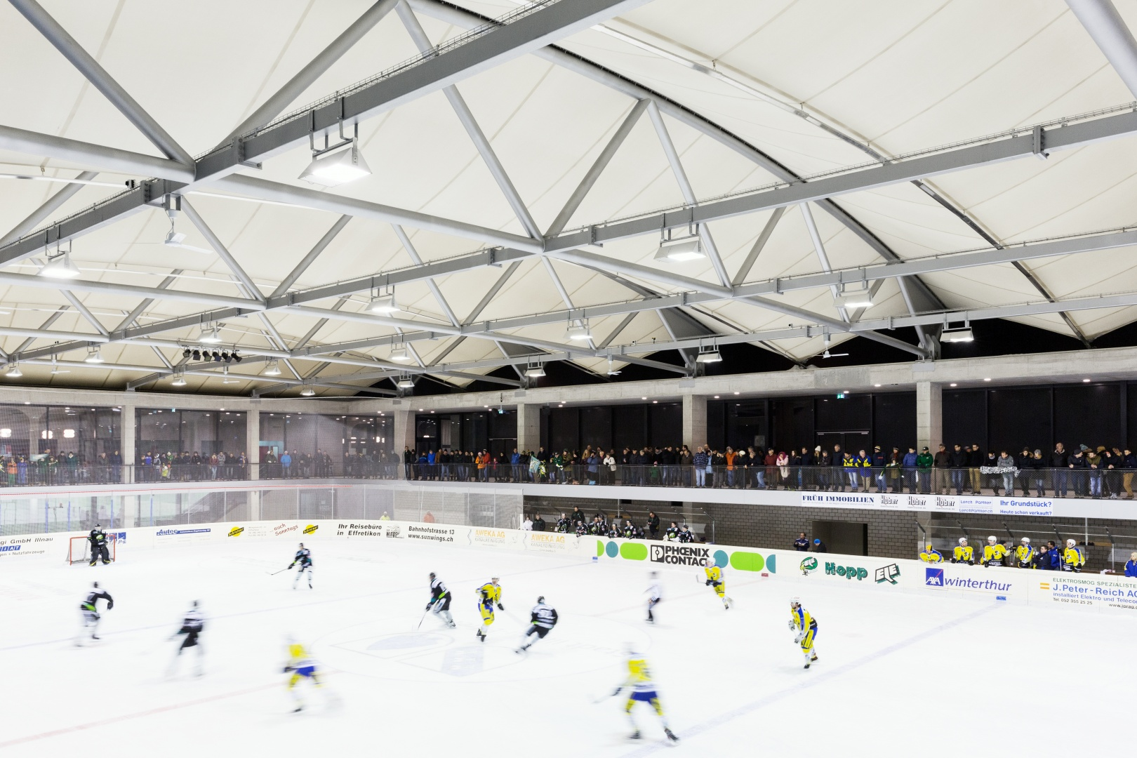 Eishalle © Beat Bühler