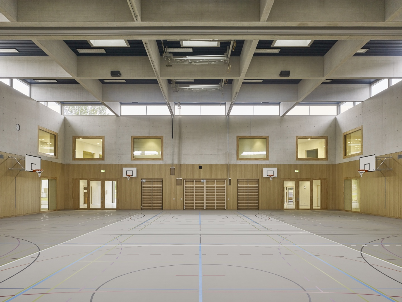 Schulhaus Zinzikon, Turnhalle © Roland Bernath, Zürich
