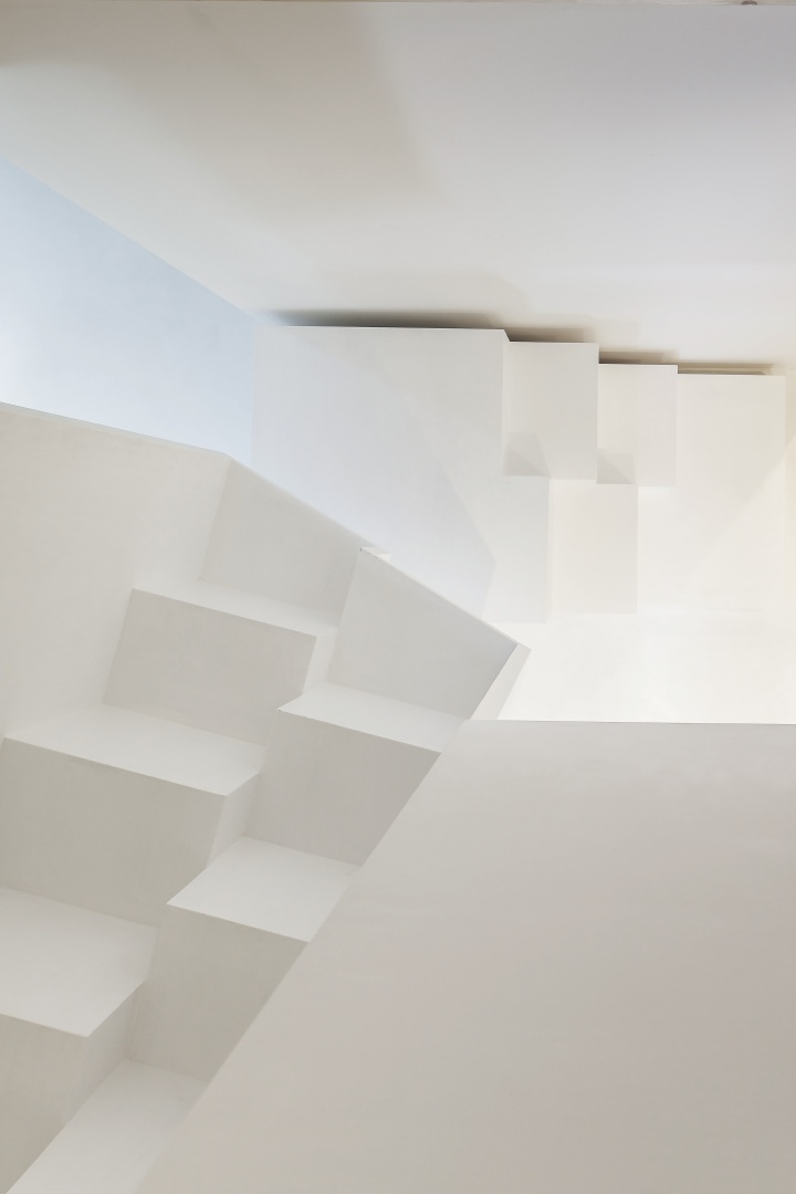 Steiltreppe zur Galerie © Architektur Ateler Ducret | Fotograf Jürg Knuchel