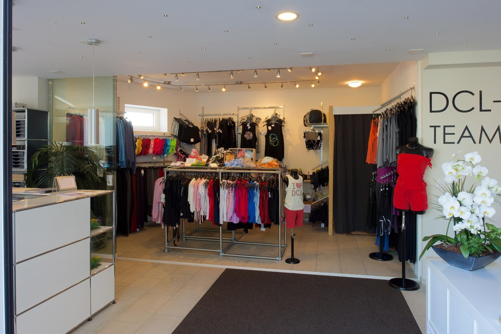 Réceptionsbereich und Shop © Reto Meier, Kirchberg