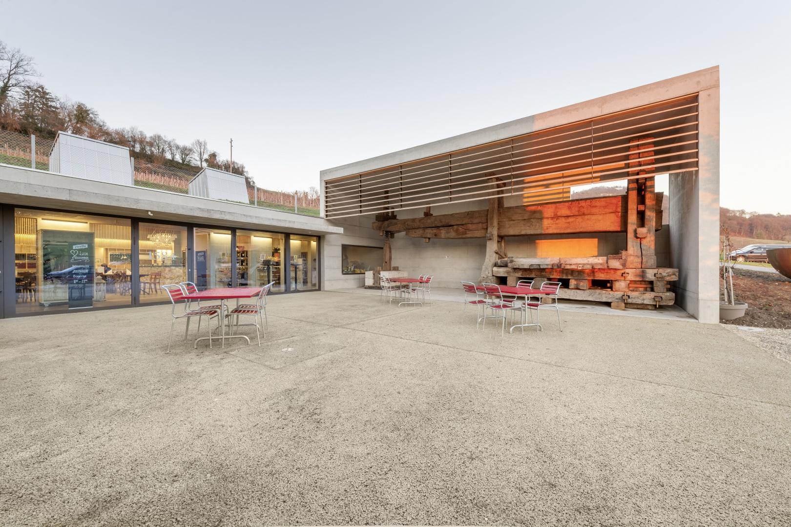Aussenbereich Restaurant © Peter Hebeisen, Zürich