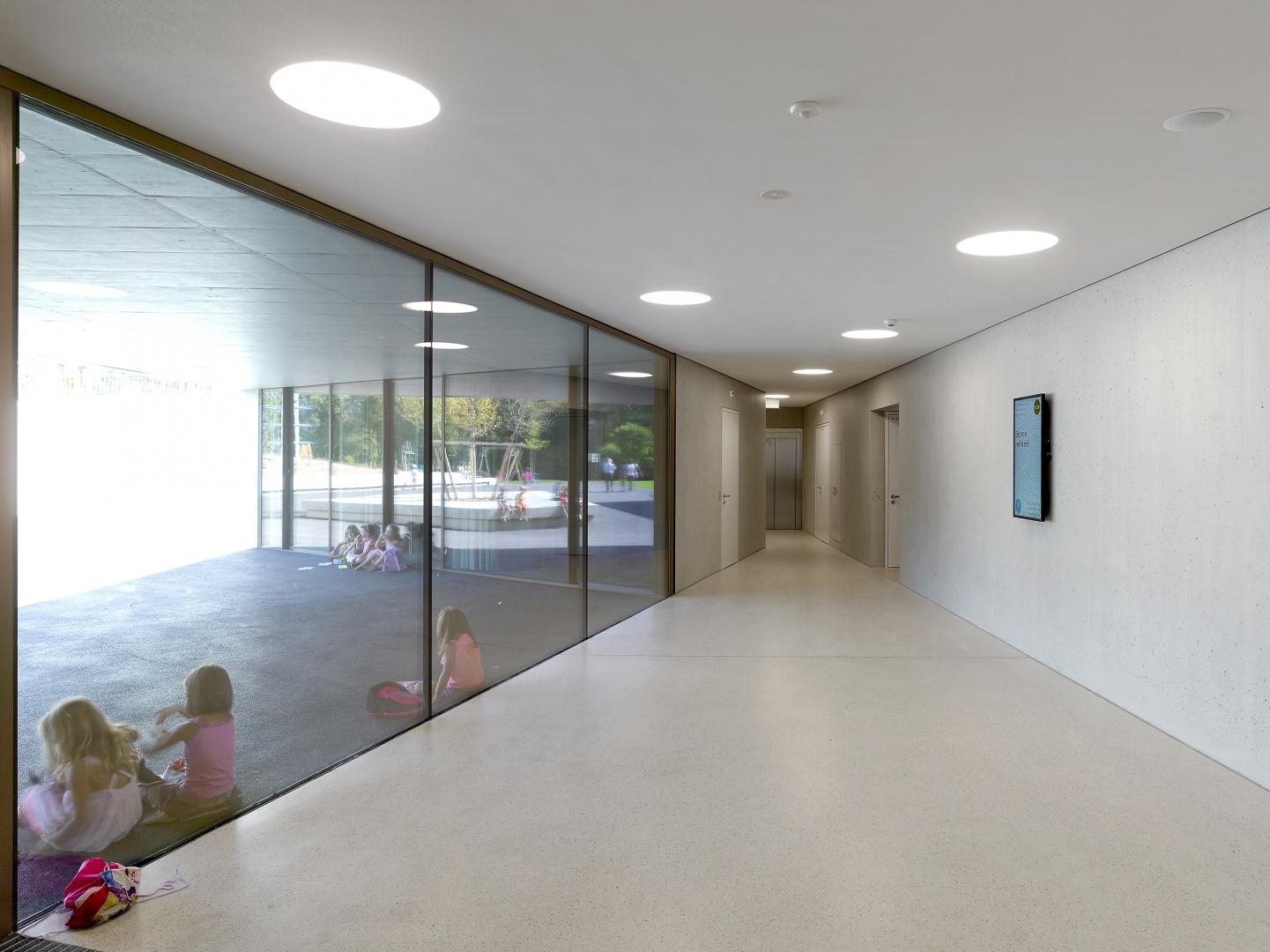 Einganghalle Schulhaus  © Thomas Jantscher