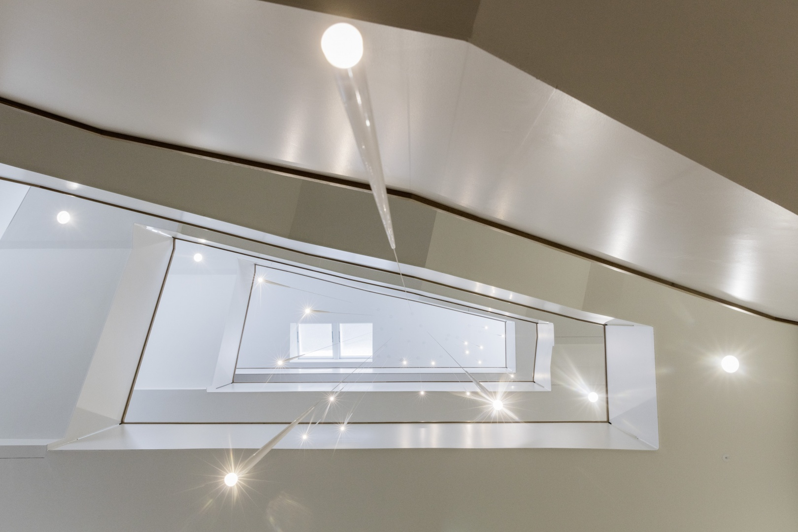 Escalier principal © Berit Klinik