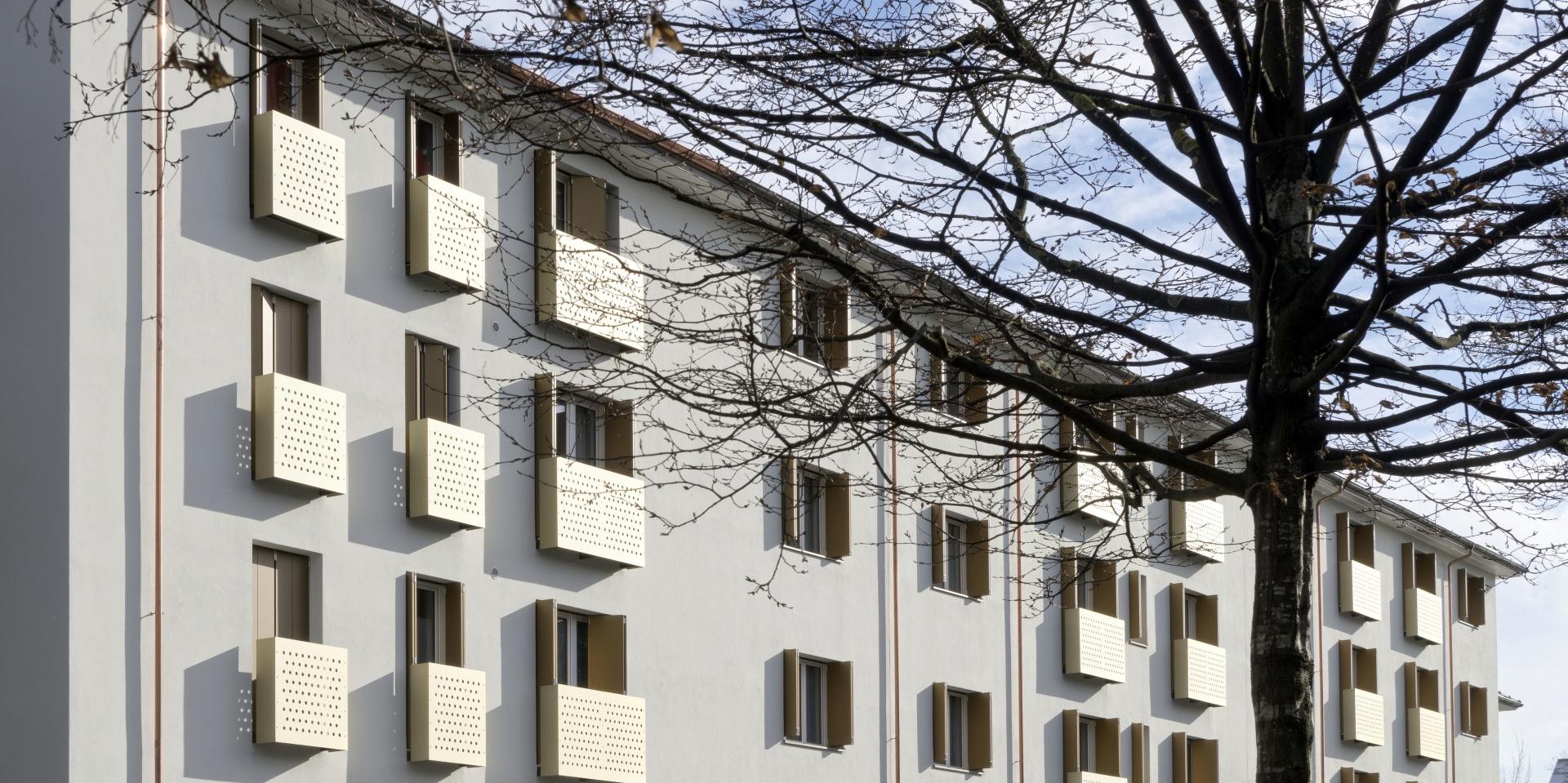 Westseite, französische Balkone © René Rötheli, Baden