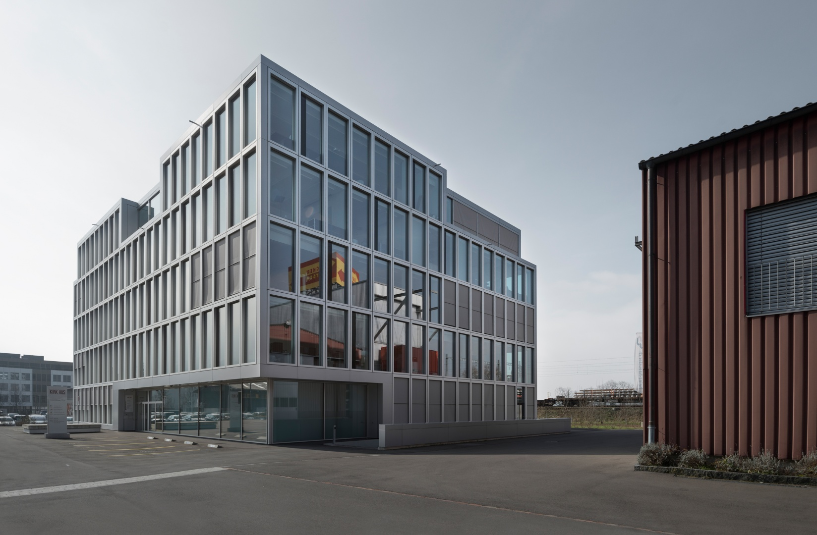 Fassade zu Platz © Ulrich Stockhaus, Zürich