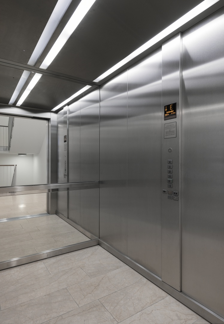 Aufzug © Ulrich Stockhaus, Zürich