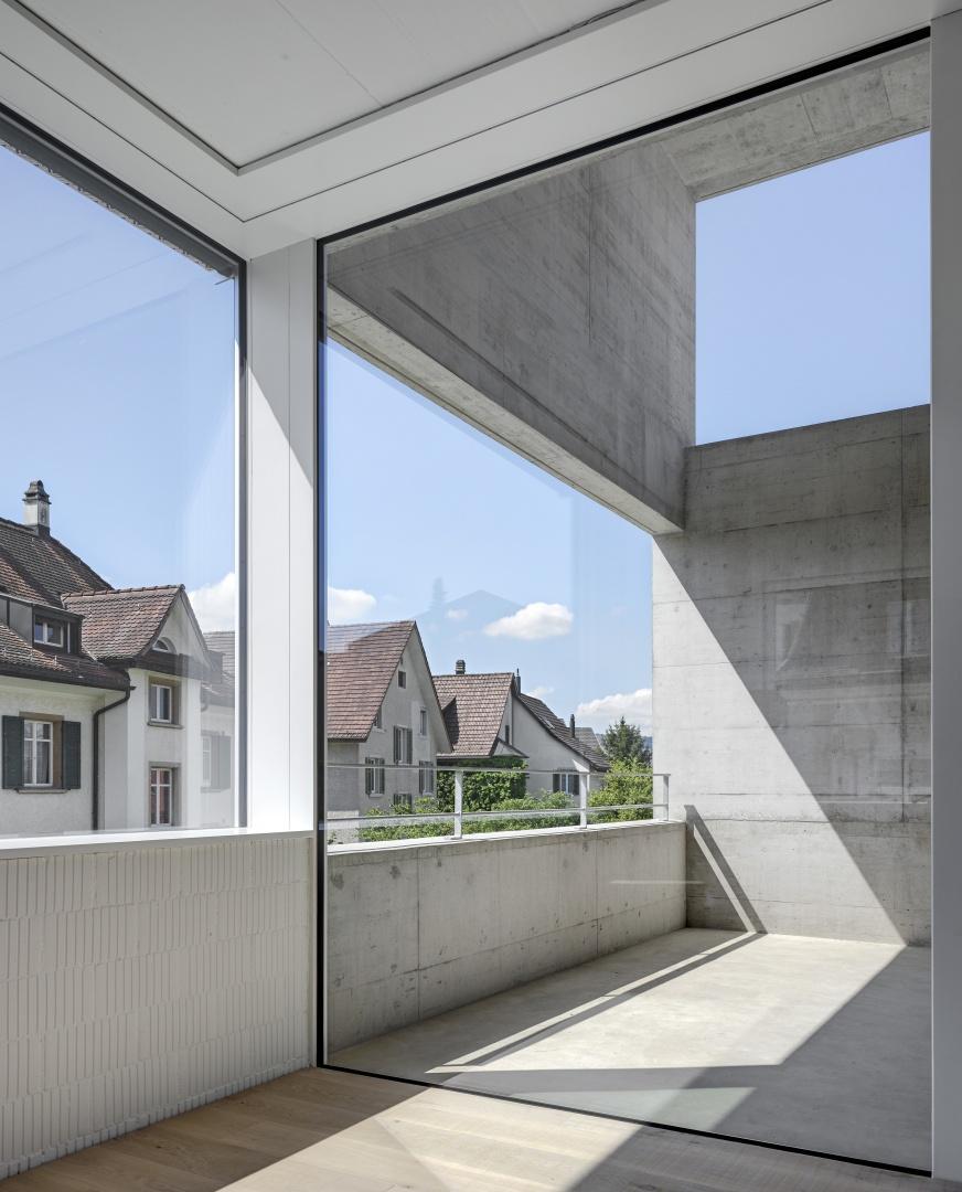 Blick in doppelgeschossige Loggia © Roger Frei, Zürich