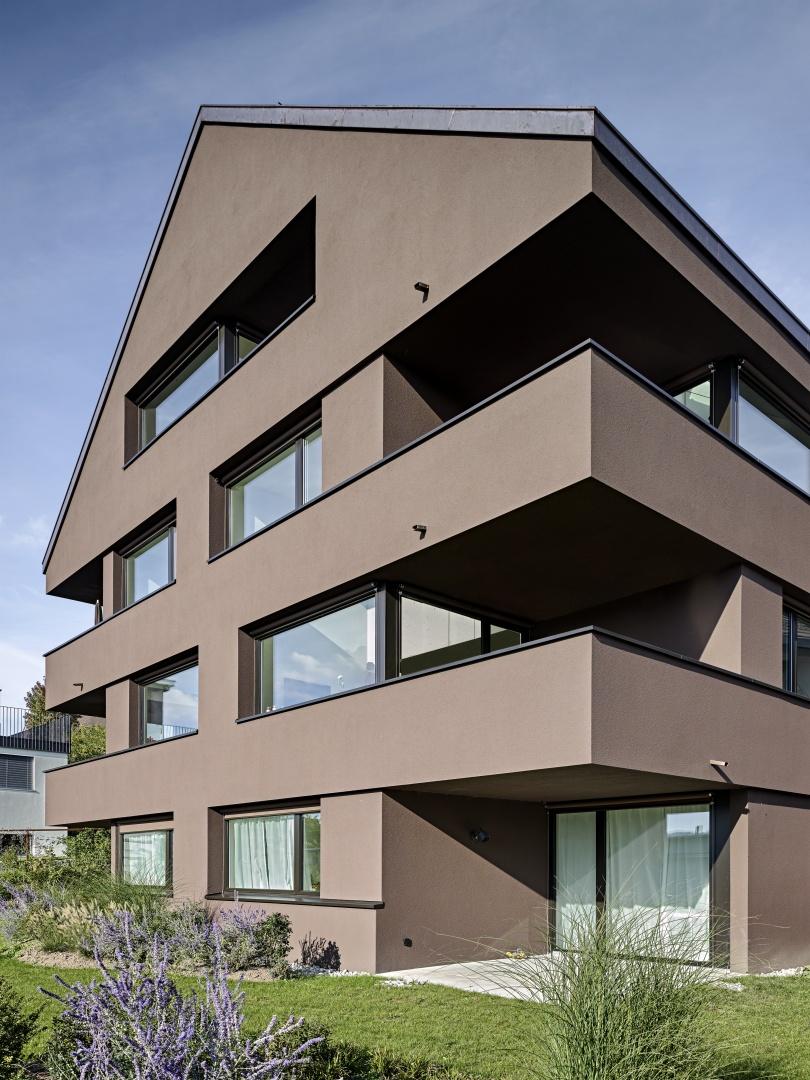 Aussenansicht grosses Haus © Roger Frei, Zürich