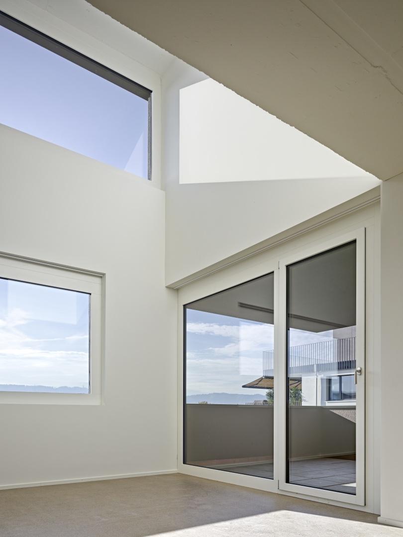 Doppelgeschossiger Wohnraum  © Roger Frei, Zürich