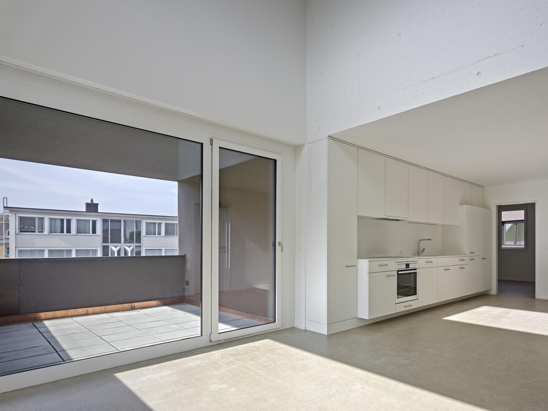 Wohnraum mit Doppelgeschossigkeit © Roger Frei, Zürich