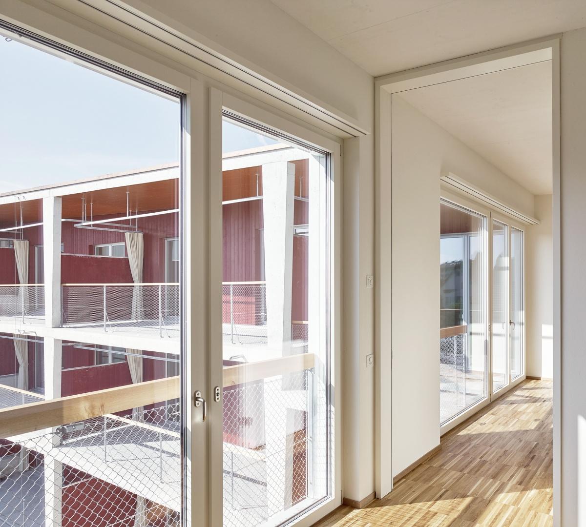 Verschränkung von Innen- und Aussenraum  © Roland Bernath, Fotografie Architektur, Zürich