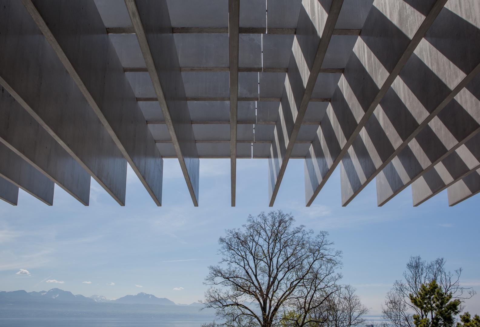 Vue sur le lac depuis la terrasse © Brauen Wälchli Architectes