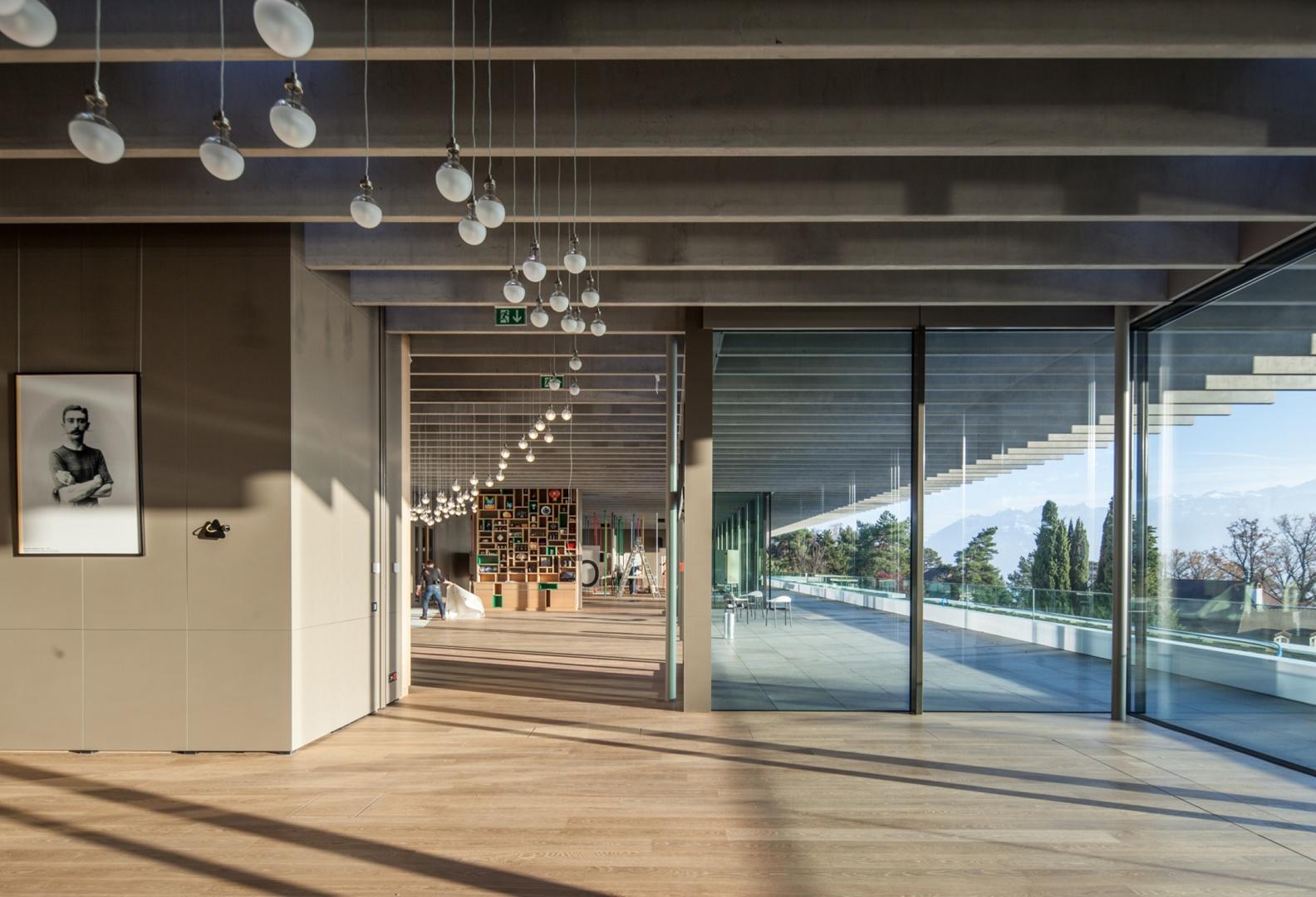 Salle expo et terrasse Musée olympique © Brauen Wälchli Architectes