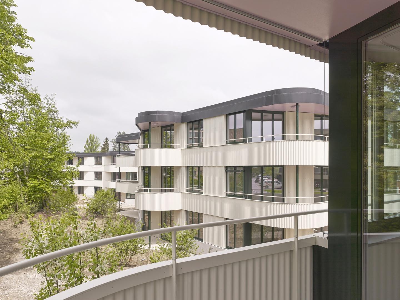 Blick vom Balkon © Roland Bernath, Fotografie Architektur, Zürich