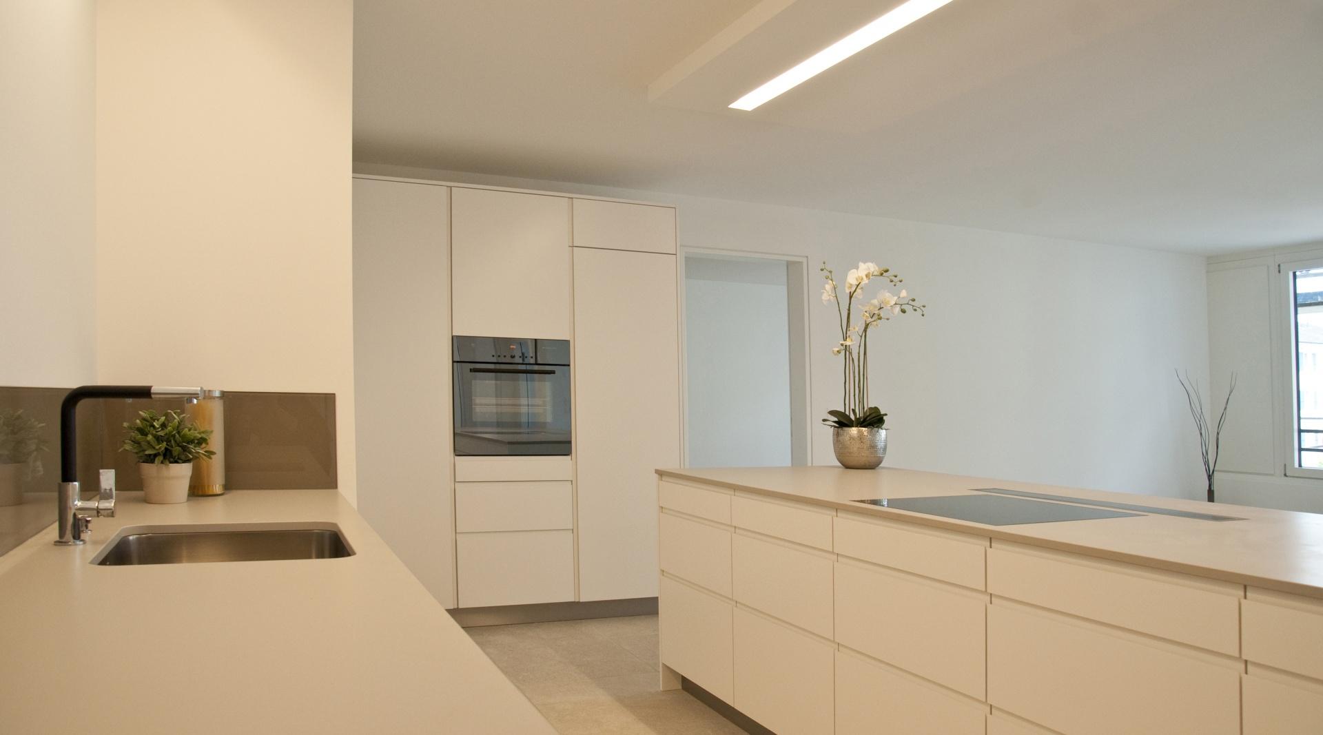 Stollturm Küche © Architektur Rolf Stalder AG