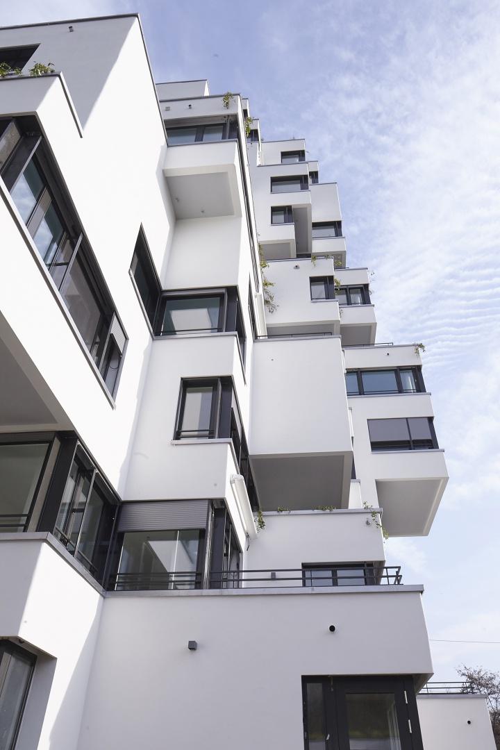 Stollturm Auskragungen © Architektur Rolf Stalder AG / Maria Gambino