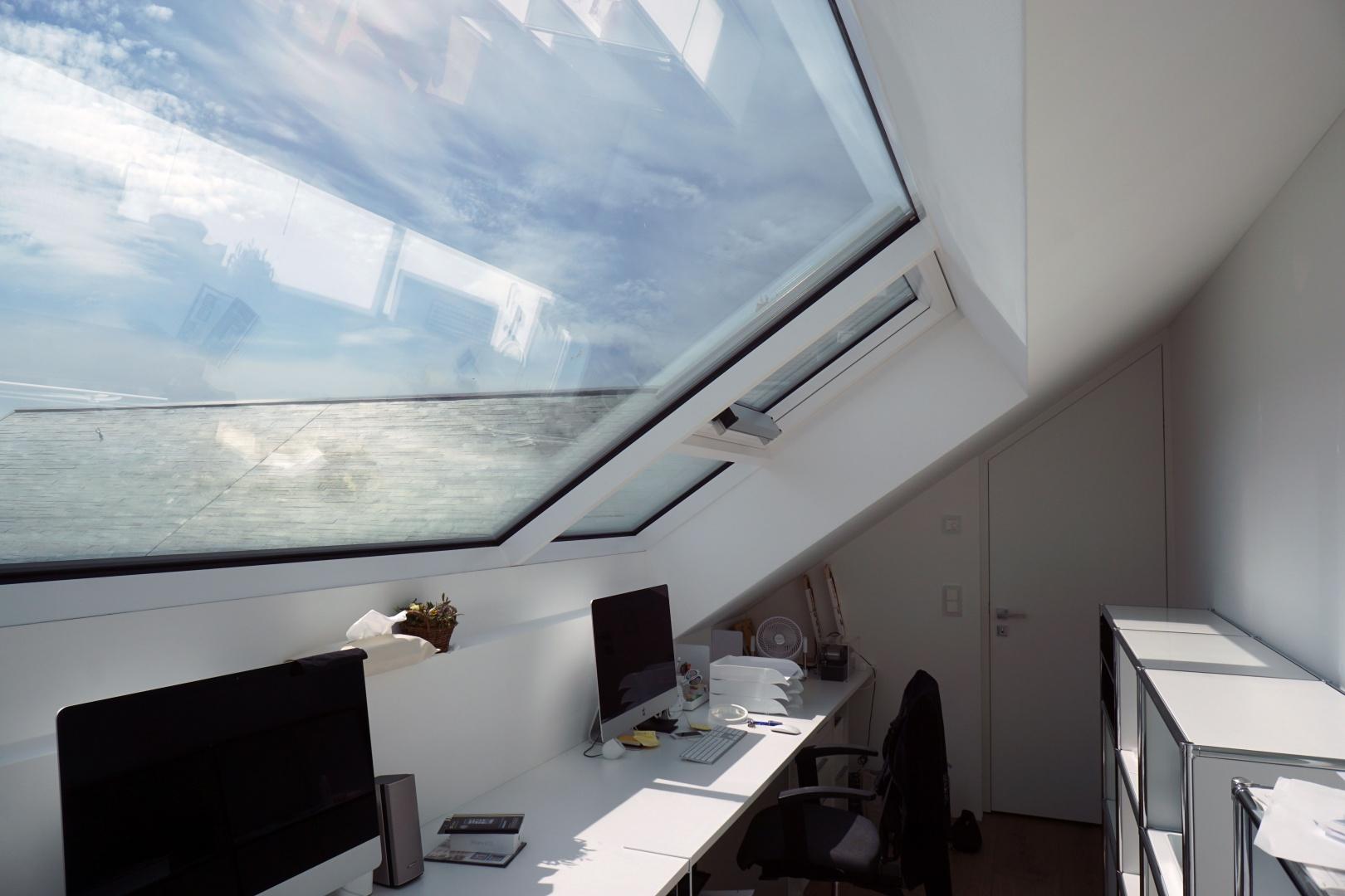Dach-Studio © Nori-SASAKI  Hagenholzstrasse 104a 8050 Zürich