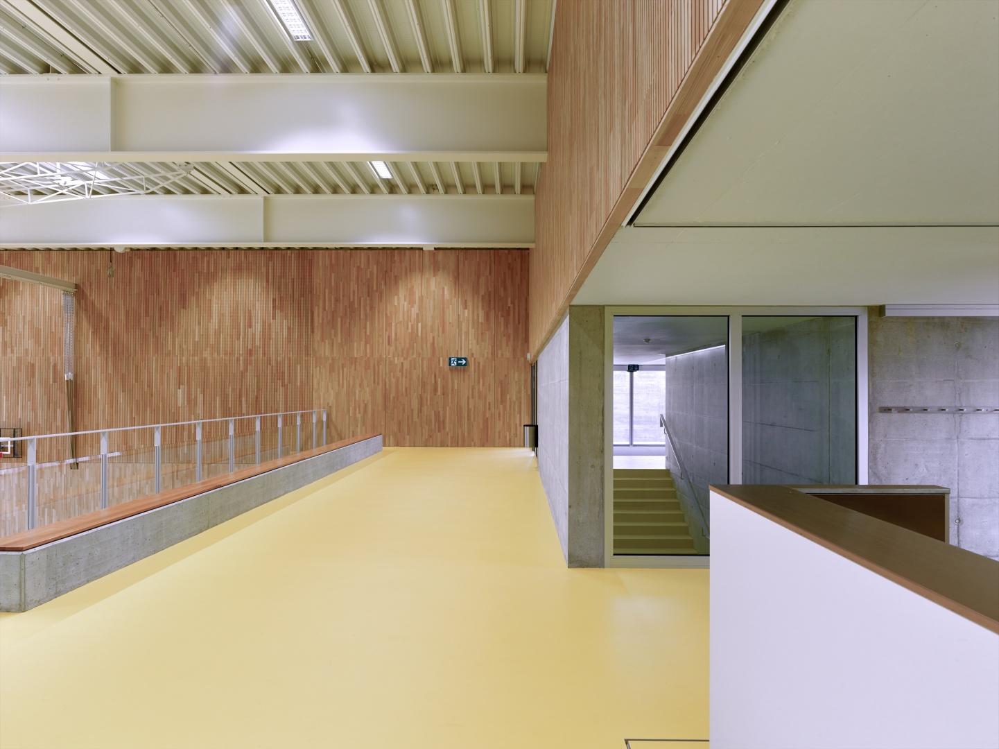 Galerie © Architekturfotografie Gempeler Alexander Gempeler Fotograf SBF|SWB Seidenweg 8a Postfach 524 CH-3000 Bern 9