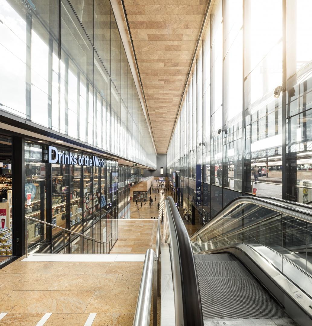 Gare de Cornavin - nouveau mall © Fernando Guerra, Lisbonne