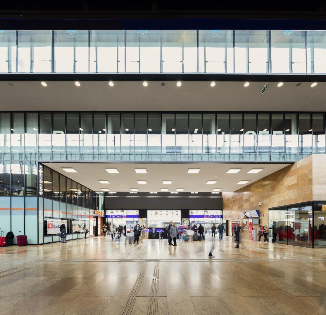 Mall mit Blick zu den Büros © Fernando Guerra, Lisbonne