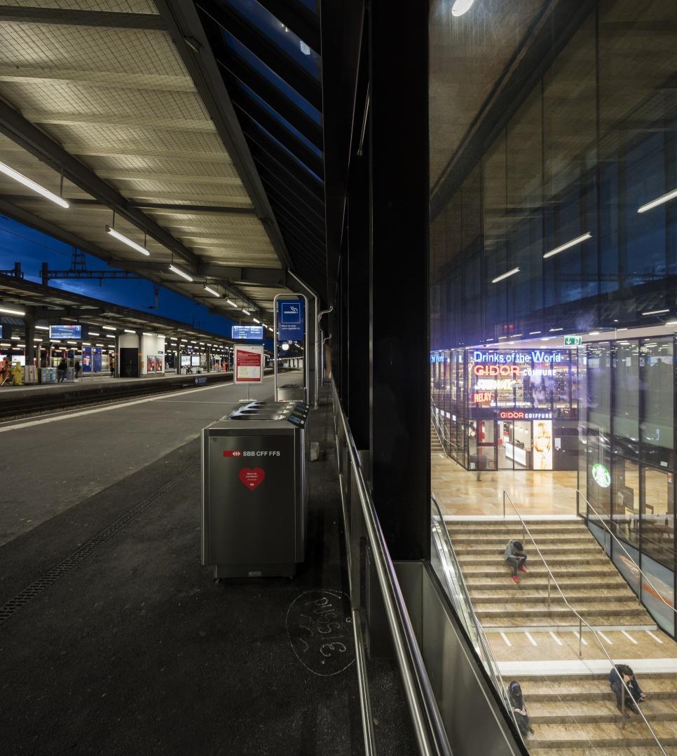 Bahnsteig 1 © Fernando Guerra, Lisbonne