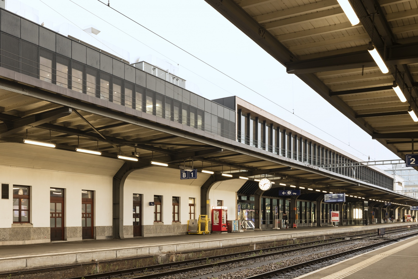 Bahnstein 1 © Fernando Guerra, Lisbonne
