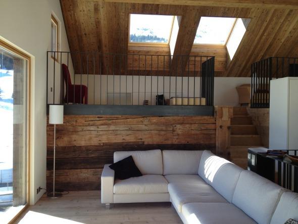Wohnraum und Galerie
