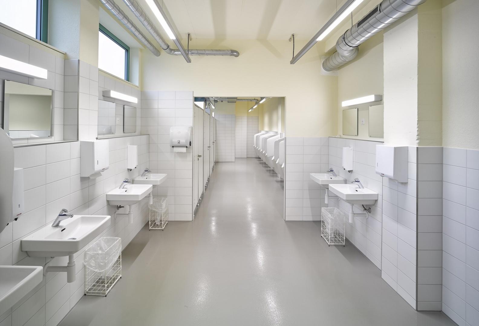 Markthalle, WC-Anlagen © Manuel Stettler, Fotograf, Burgdorf