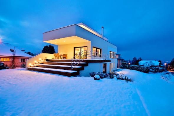Süd-Ost Ansicht Abenddämmerung im Winter © Inka Reiter
