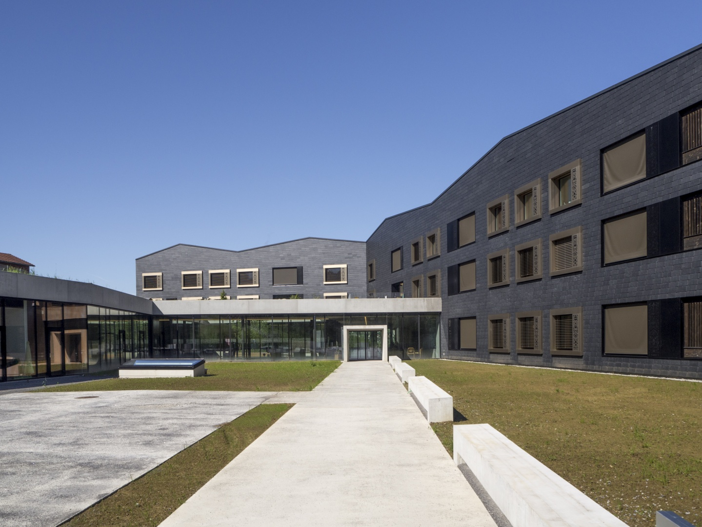 neubau wohnheim sonne rehetobel ar arc award. Black Bedroom Furniture Sets. Home Design Ideas