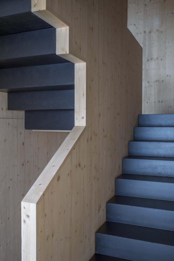 Treppenhaus mehrfamilienhaus modern  Wohnhaus Furter | Schweizer Baudokumentation