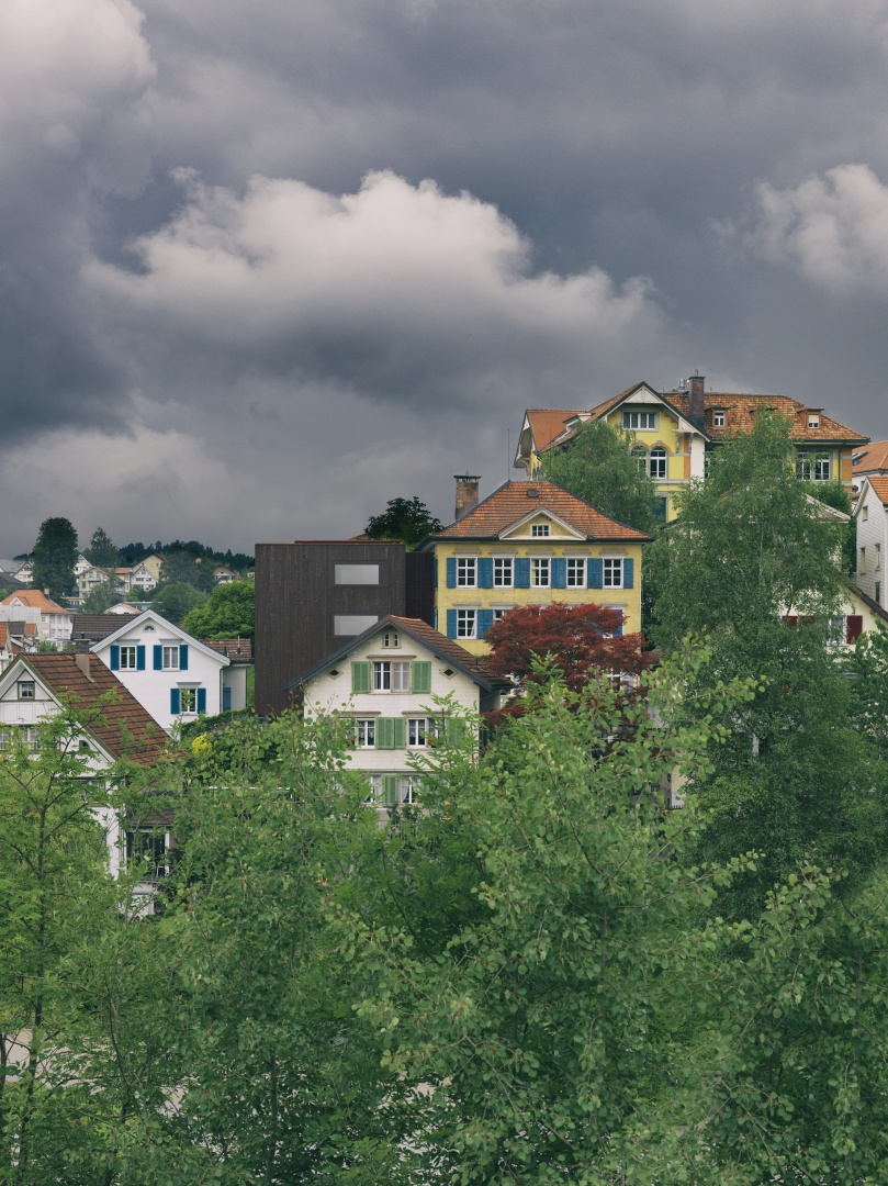 Ostfassade im Kontext © Jürg Zürcher Fotografie, 9000 St. Gallen
