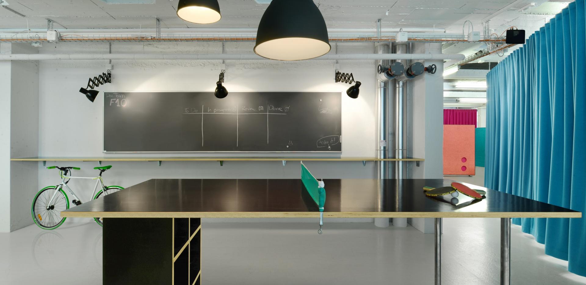 BISTRO 2 © Daluz Gonzalez & Cajos Architekten