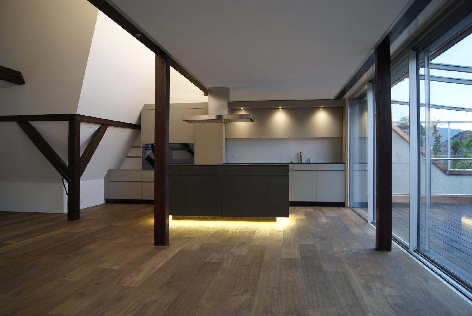 Dachgeschoss Richtung Küche © Staffelbach Meier Architekten