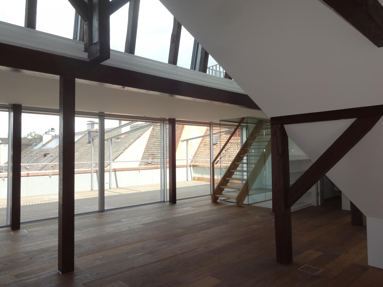 Dachgeschoss Richtung Terrasse © Staffelbach Meier Architekten