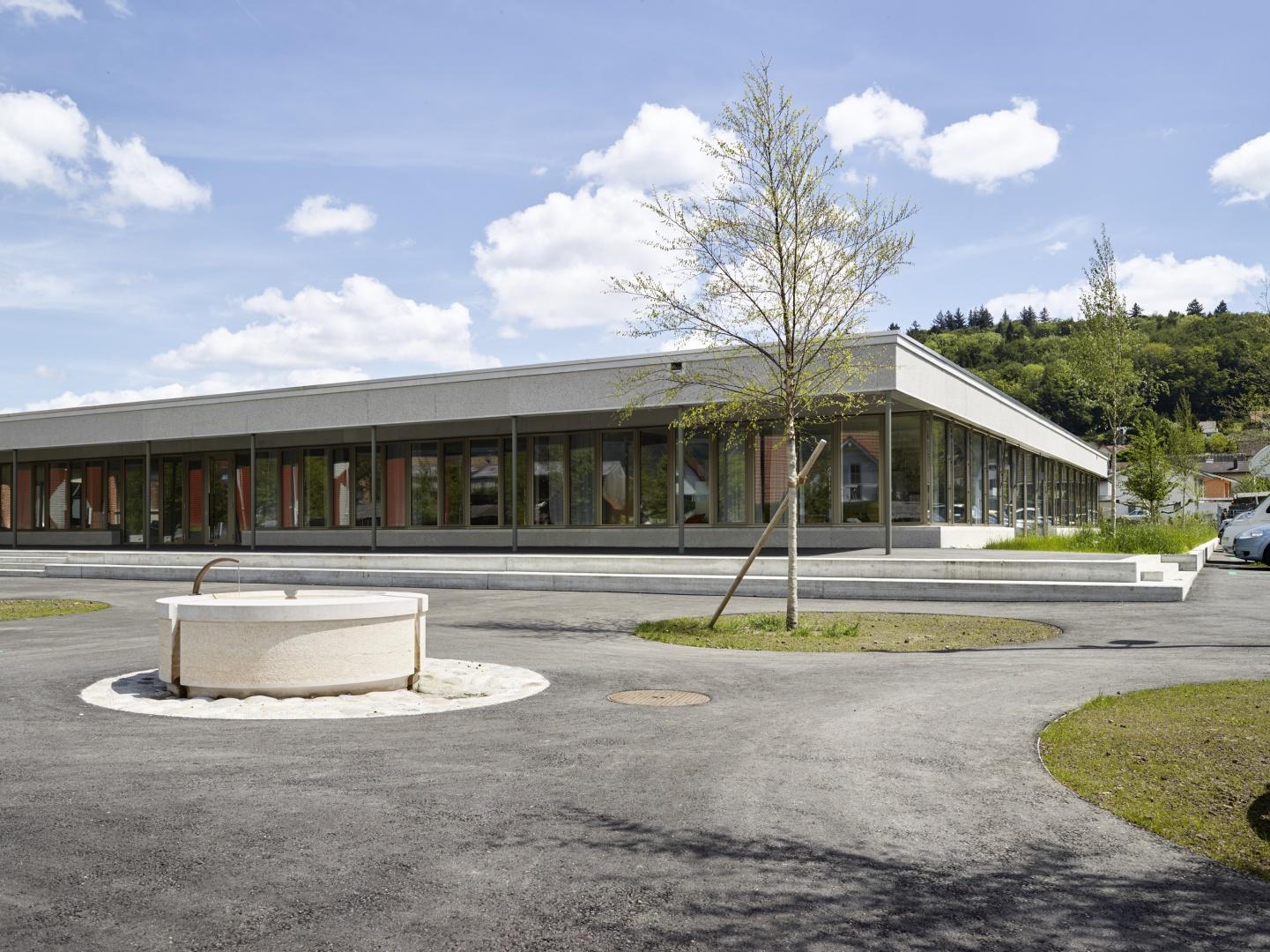 Façade, esplanade © Michael Fritschi, foto-werk gmbh,  Klingelbergstrasse 97, 4056 Basel