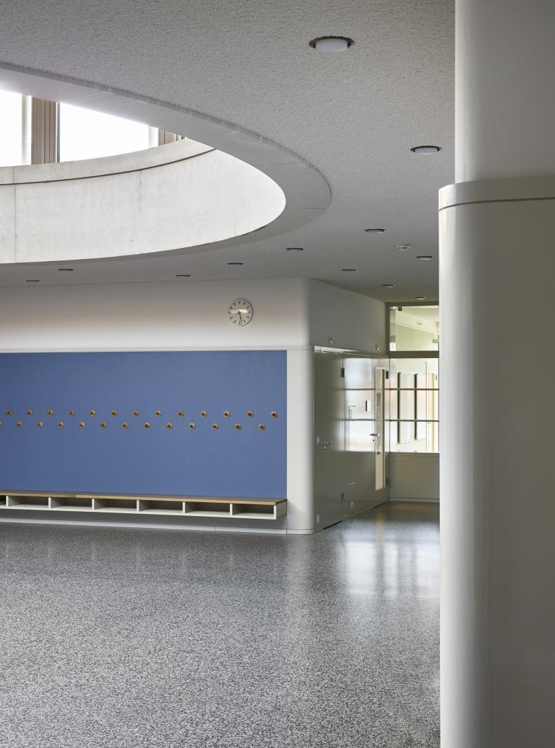 terrain de jeu, lieu de réunion © Michael Fritschi, foto-werk gmbh,  Klingelbergstrasse 97, 4056 Basel