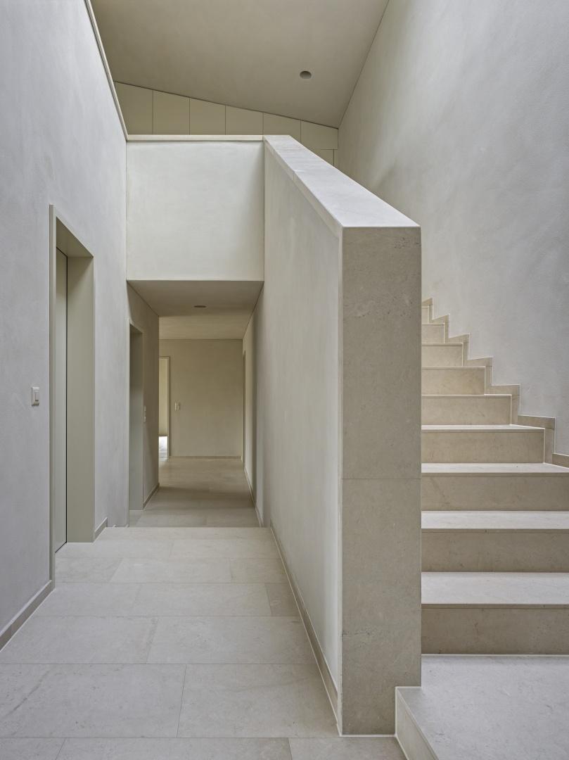 Treppe im Gartengeschoss © Roger Frei