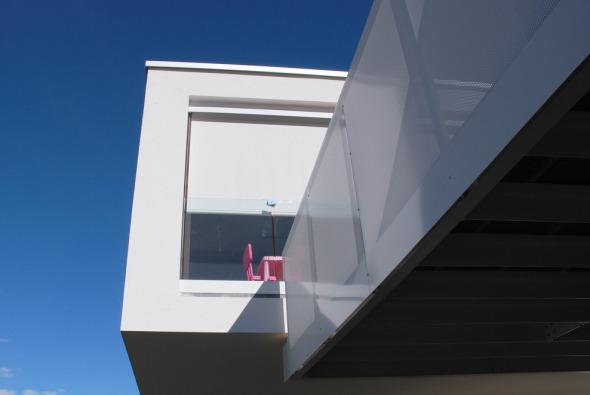 Particolare: veranda e terrazza, lato ovest © Studio Architettura