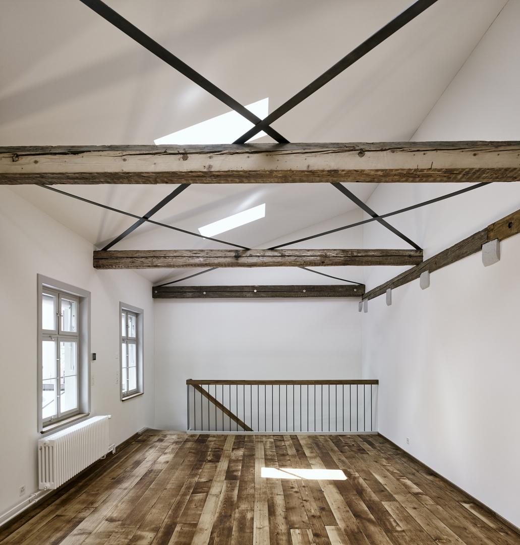 Etage supérieur d'atelier © Ariel Huber, Lausanne
