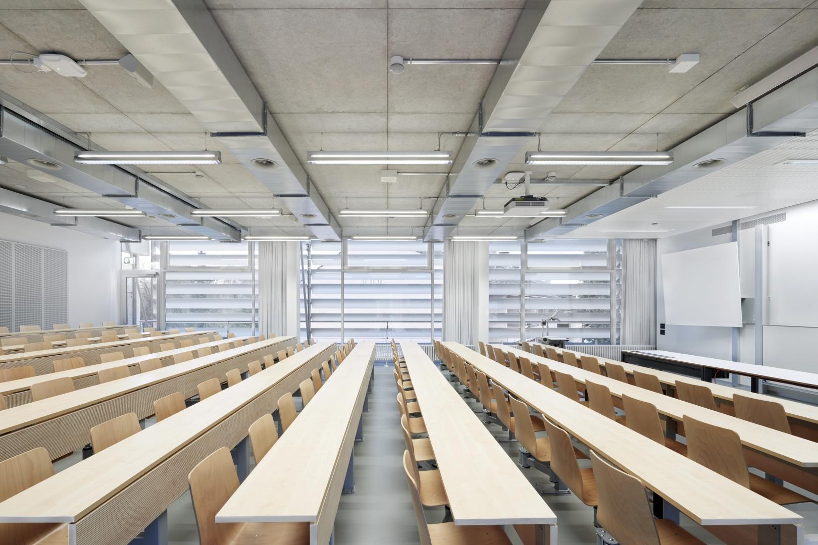 Umgebauter Hörsaal 4. OG © Luca Zanier Photography