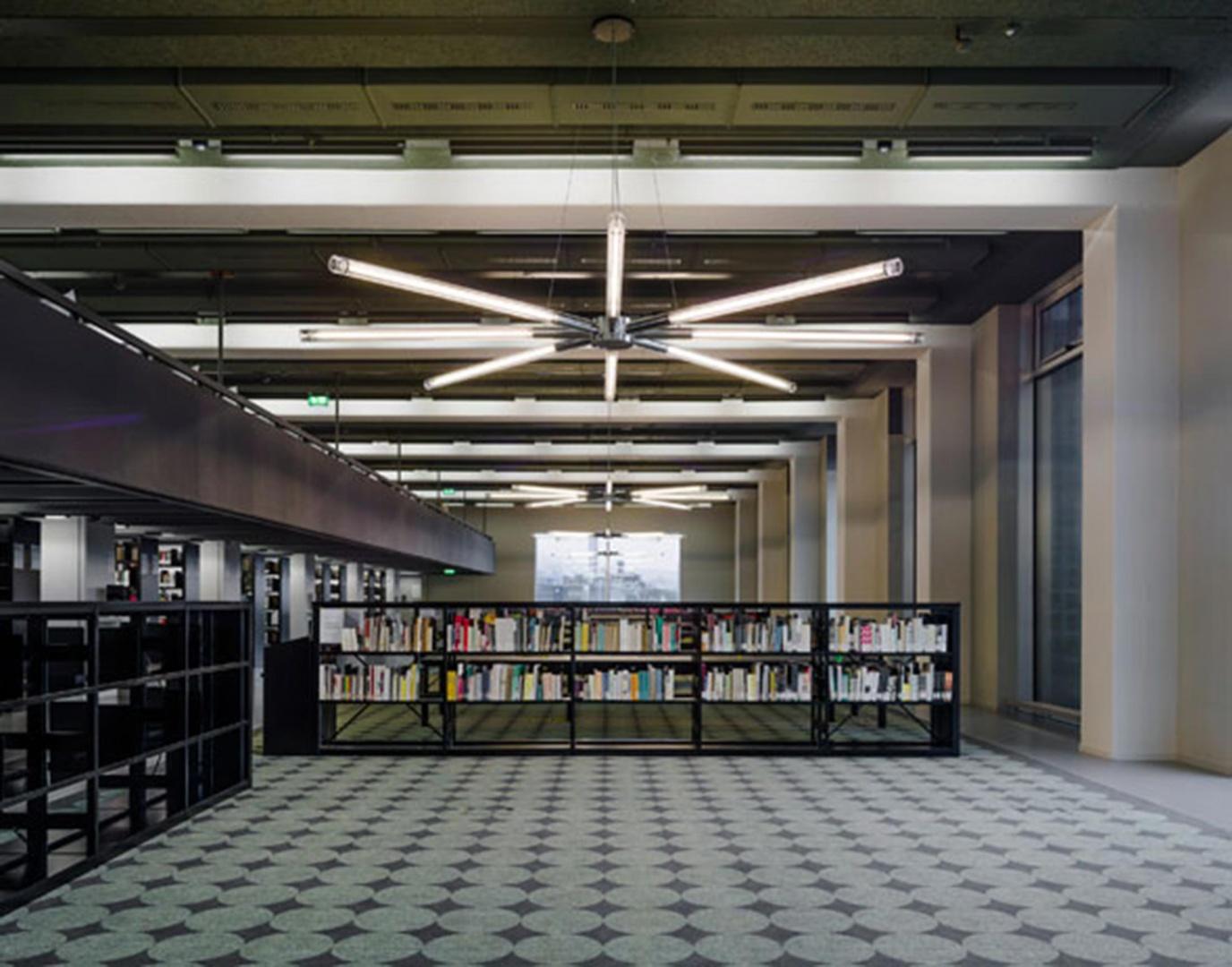 Bibliothèque © Simon Menges